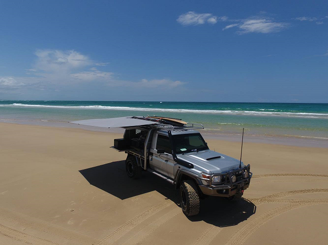 CleverShade Vehicle Shade Awning 4WD Australian Beach
