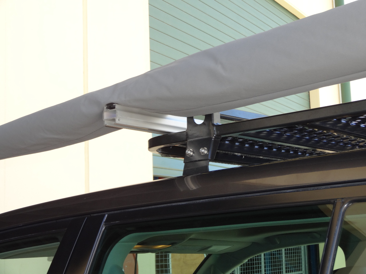 Vehicle awning convenient lightweight vehicle canopy