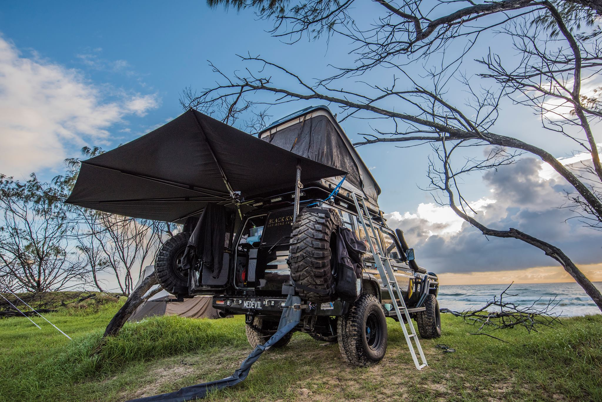 CleverShade 4WD Camping Shade - Outback Enthusiasts