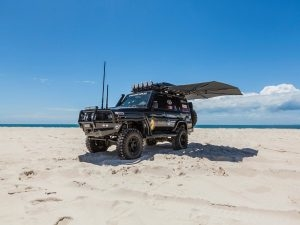 CleverShade Beach Vehicle Awning 4WD
