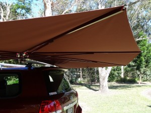 Vehicle awning 4WD CleverShade car shade canopy