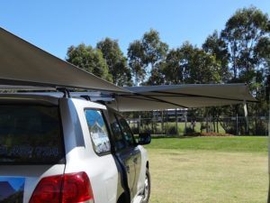 Vehicle awning 4WD CleverShade car shade